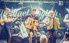 MICHAEL ENGLISH – THE BAND IS BACK IN TOWN (LIVE)